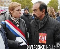 Manifestation contre l'islamophobie par Alain GUILHOT - Photographie  AG1977033 - Divergence images