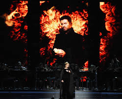 Adele Pays Tribute to George Michaels at 2017 Grammys