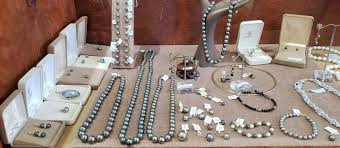 boutiques s the natural jewel