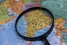 Carte De L'Inde à La Loupe Sur Une Carte Du Monde. Banque D'Images Et  Photos Libres De Droits. Image 92327745.