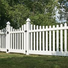 Emblem 6x8 Vinyl Privacy Fence Kit Vinyl Fence Freedom Outdoor Living For Lowes White Vinyl Fence Vinyl Fence Panels Vinyl Picket Fence