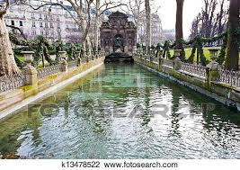 medici fountain in luxembourg garden in