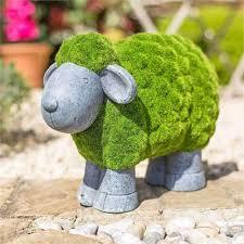 la hacienda flocked sheep garden