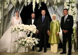 Gökhan Töre ve Esra Bilgiç'in boşanma nedeni ortaya çıktı ...