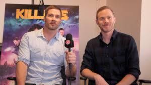 Luke Macfarlane & Aaron Ashmore: Killjoys season 2 - YouTube