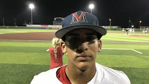 Zepeda's RBI sends Veterans Memorial past King in UIL baseball playoffs