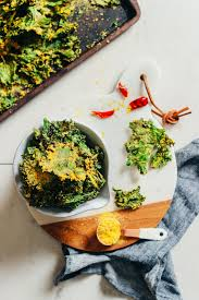 sunflower coated cheesy kale chips