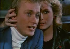 Ade Edmondson and Jennifer Saunders in The Supergrass, checking ...
