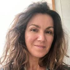 susanna reid stuns in no makeup selfie
