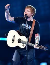 Ed Sheeran reprend « Baby One More Time ...