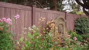 Grand Illusions Color And Wood Grain Pvc Vinyl Fence Slideshow 2 Youtube