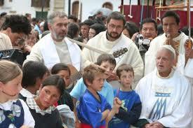 Ugo de Censi, conoce la historia del ángel de Chacas | Noticias | Agencia  Peruana de Noticias Andina