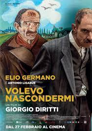 L'attore Elio Germano nei panni del pittore di Gualtieri Antonio Ligabue  nel film