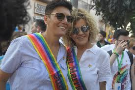 Siamo tutti neri, gay, immigrati, clandestini, cittadini di un mondo senza  uguaglianze»: la nostra intervista a Imma Battaglia nel mese del Pride -  Orticalab.it