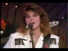 Myrna Lorrie - Ain't Living Long Like This - No. 1 West - 1989 - YouTube