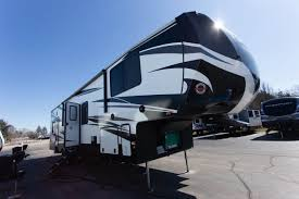 5th wheel toy haulers new used