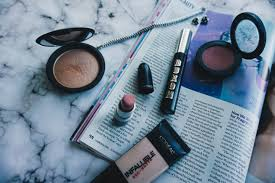10 of my must have makeup s