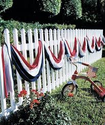 6 Remarkable Clever Tips Simple Fence Art Concrete Fence Fence Plants Ornamental Grasses Concrete 4th Of July Decorations Fourth Of July Fourth Of July Decor