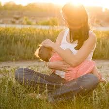 Como deve ser o banho de sol do bebê?