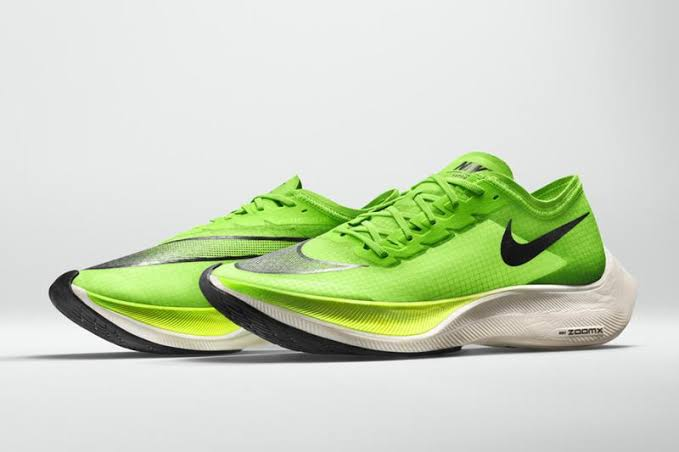 「nike zoomx vaporfly next Green/Black」の画像検索結果""