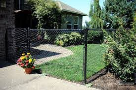 New Blog Post Enhancements In Chain Link Fencing Offer Attractive Fence Black Chain Link Fence Chain Link Fence Front Yard Fence