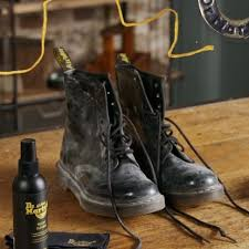 how to clean patent leather dr martens