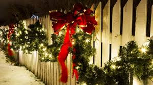 Fence Decoration Tips For The Christmas Season All Around Fence