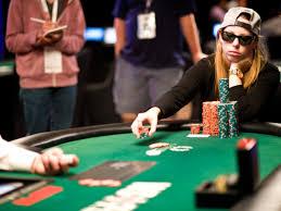 Tips Menekan Psikologi Lawan Dalam Bermain Poker Play303