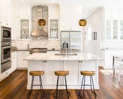 3 white and wood kitchens to learn from