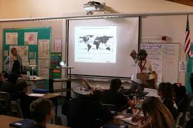 Ada Harris Elementary - Cardiff, California - ROUTE USA