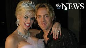 Anna Nicole Smith's daughter, now 10, 'is fearless like her mom,' says dad  Larry Birkhead - ABC News