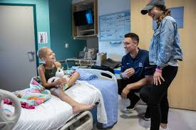 Aaron Judge, girlfriend visit cancer ...