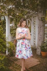 Addison Riecke: Dress Like Cathy — Brat TV