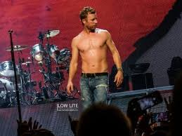 This is What Dierks Bentley Looks Like Shirtless... You're Welcome ...