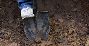 how to improve heavy clay soil