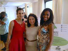 """PiperWai on Twitter: """"Jess and Sarah with actress Sarah Steele (#Spanglish,  #Girls) at #healthybrandshowcase! http://t.co/sL9ugyjDvJ"""""""