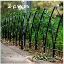 Axzxc Picket 2 Garden Fence Metal Outdoor Decoration Net Flower Bed Wrought Iron Fence Lawn Flower Partition Railing Small Fence Amazon Co Uk Kitchen Home
