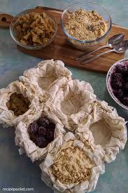 blackberry crumble filo pastry pies