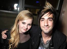 Abigail Breslin Dating Jack Barakat | E! News France