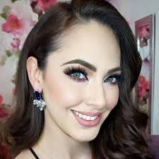 a queen s guide to pageant makeup