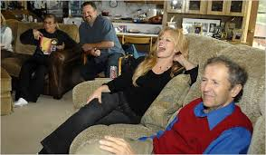 Palin's Hometown Friends Enjoy the Show - The New York Times