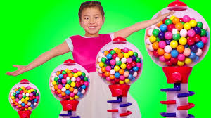 giant gumball machine learns colors