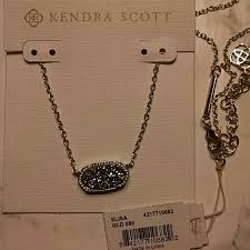 elisa gold pendant necklace in platinum