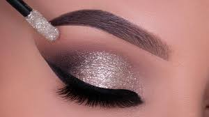 glitter smokey eyes for new year s eve