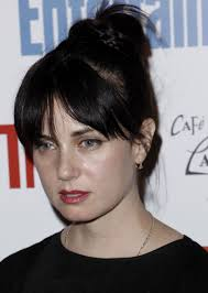 Mia Kirshner to guest star on 'Graceland'