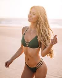 4 FITNESS INFLUENCERS TO FOLLOW FOR THE BEST WINTER BODY