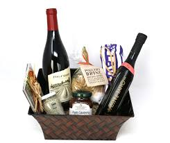 cook s gift basket with pinot noir