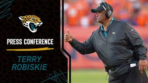 Running Back Coach Terry Robiskie Meets with the Media - YouTube