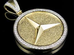 medallion genuine diamond pendant