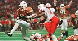 WATCH: Former UT running back Priest Holmes reflects on his Longhorn career  | Hookem.com